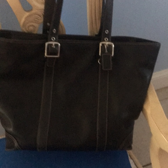 dd40d561304 Coach - large black tote/purse with zipper